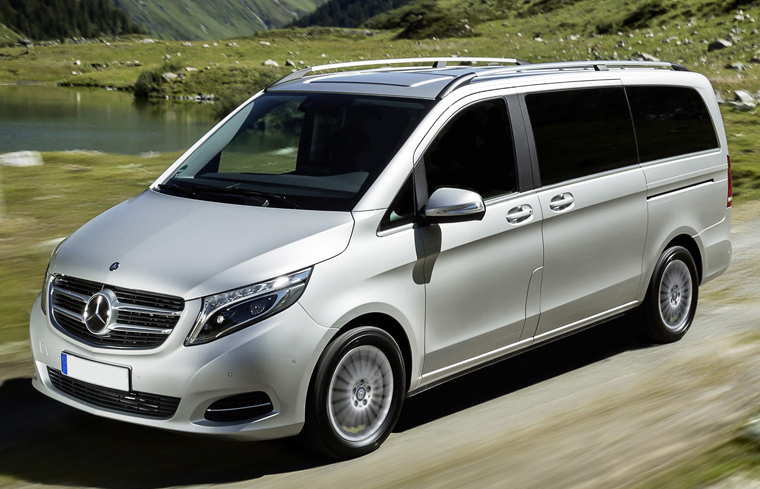 Private Day Tours from Dublin by Minivan